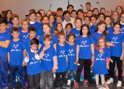 Andrés Romero invita a cien niños de Escacena a la corrida de Sevilla